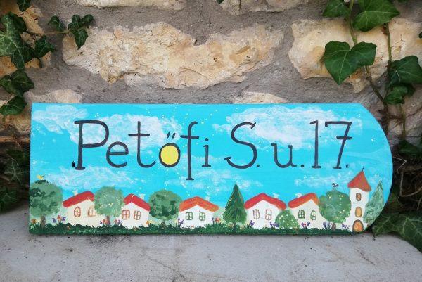 piktorella-utcatabla-cserép-kézzelfestett-hazikos-ajándék házszentelőre barátoknak